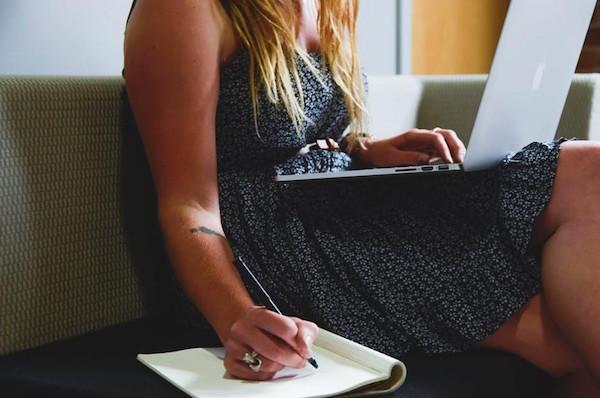 write notebook laptop